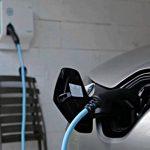 Com instal·lo un punt de recàrrega per cotxe elèctric a casa meva?