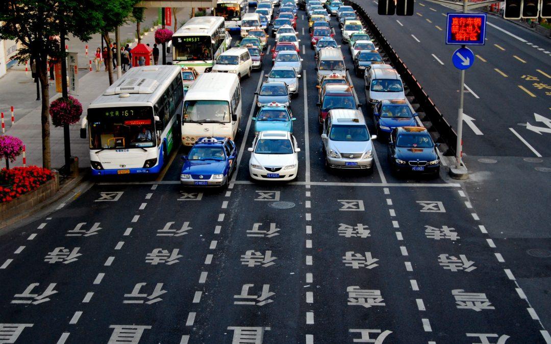 La Xina vol prohibir la venda de cotxes de dièsel i gasolina