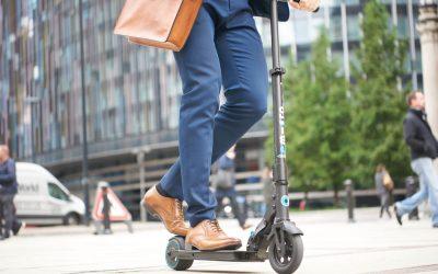 La movilidad sostenible en Barcelona se refuerza con el patinete eléctrico