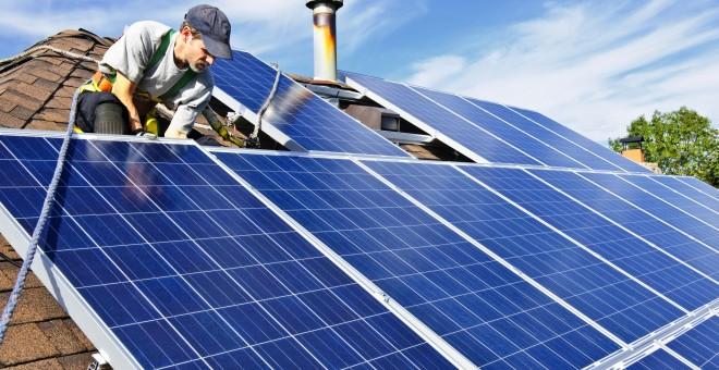 """""""Hemos normalizado la instalación de placas solares en Cataluña"""""""