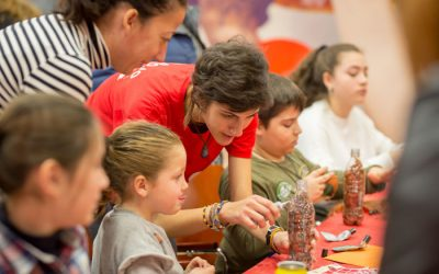 Maracaná organiza unos talleres ZEO para los hijos de trabajadores de Coca Cola