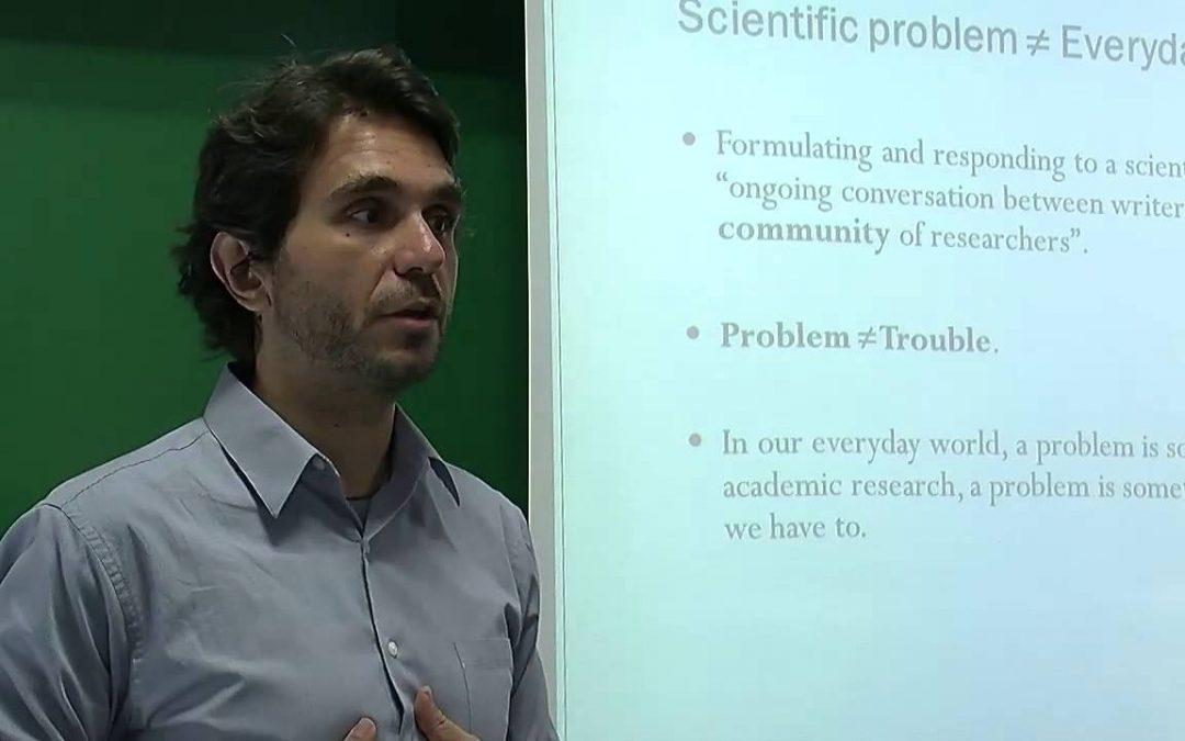 """Giorgos Kallis: """"L'única forma de frenar el canvi climàtic és el decreixement econòmic"""""""