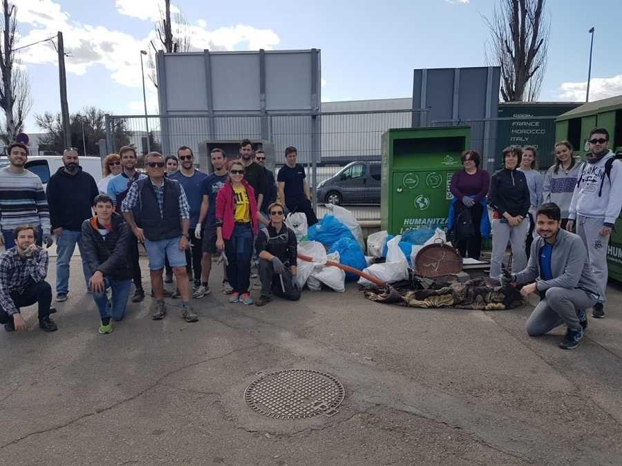 La Plataforma ZEO recoge 163 kilos de basura en la Trobada ZEO de Palau Solità