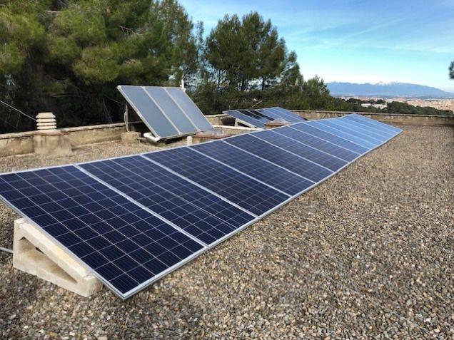 Plaques solars reduir canvio climàtic