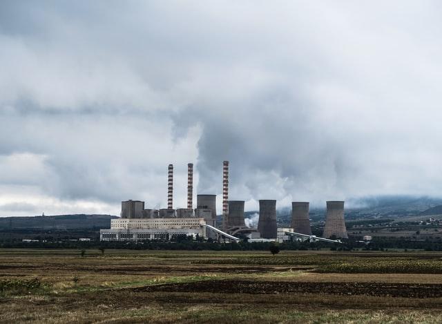 Quina relació existeix entre l'energia nuclear i el canvi climàtic?